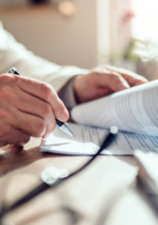 business contract image